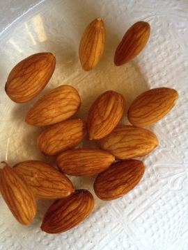 almonds-in-water