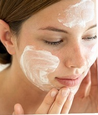 how-to-choose-moisturizer-for-oily-skin